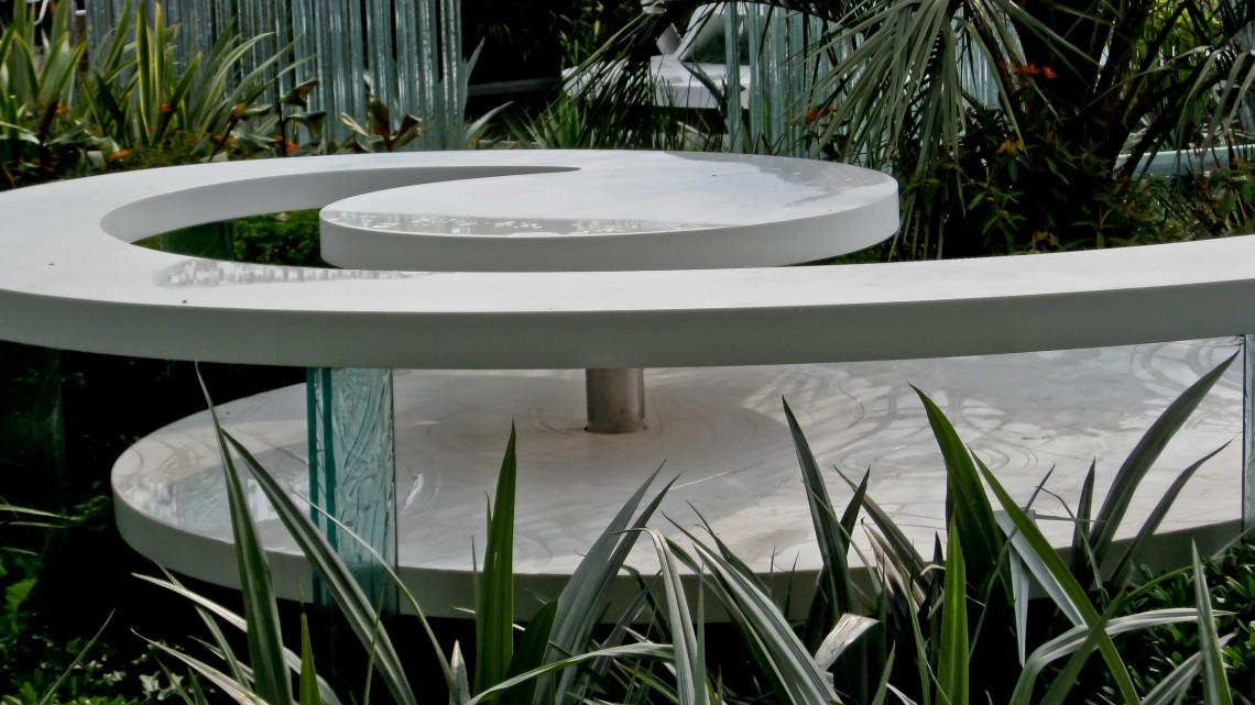 zen garden bench
